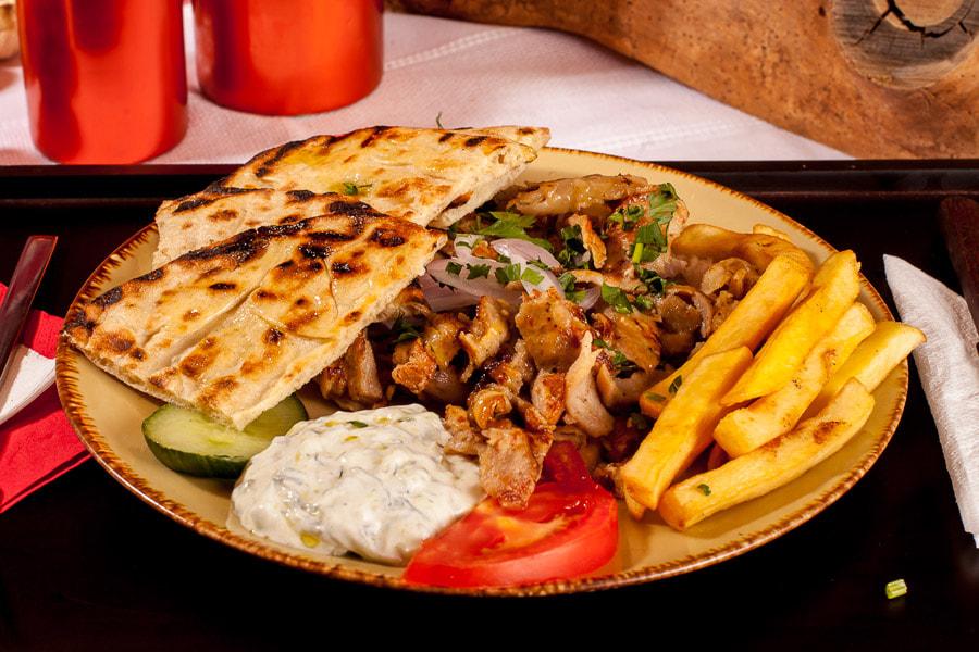 Meals-Now Souvlaki Plate (Chichen, Pork, Vegan)