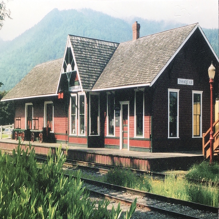 Issaquah Depot Postcard in Color