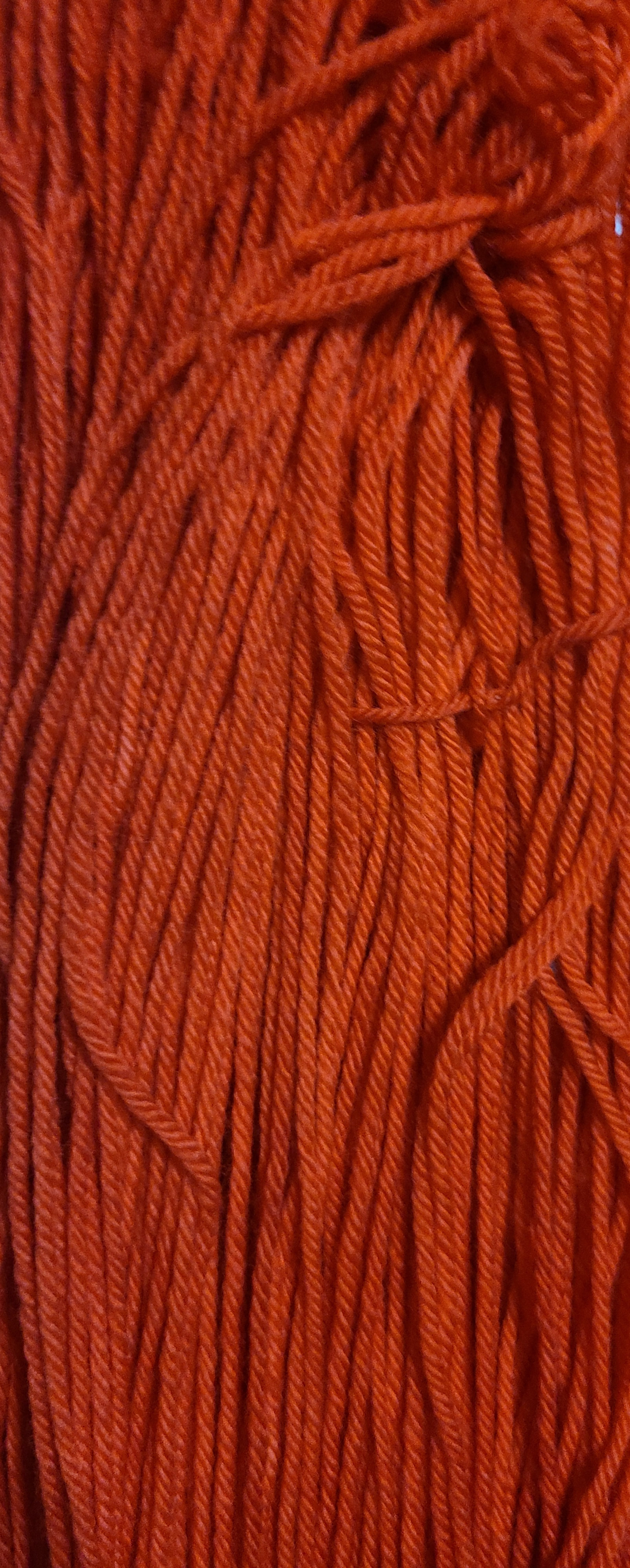 Lollipop Red 1000 Highland Worsted