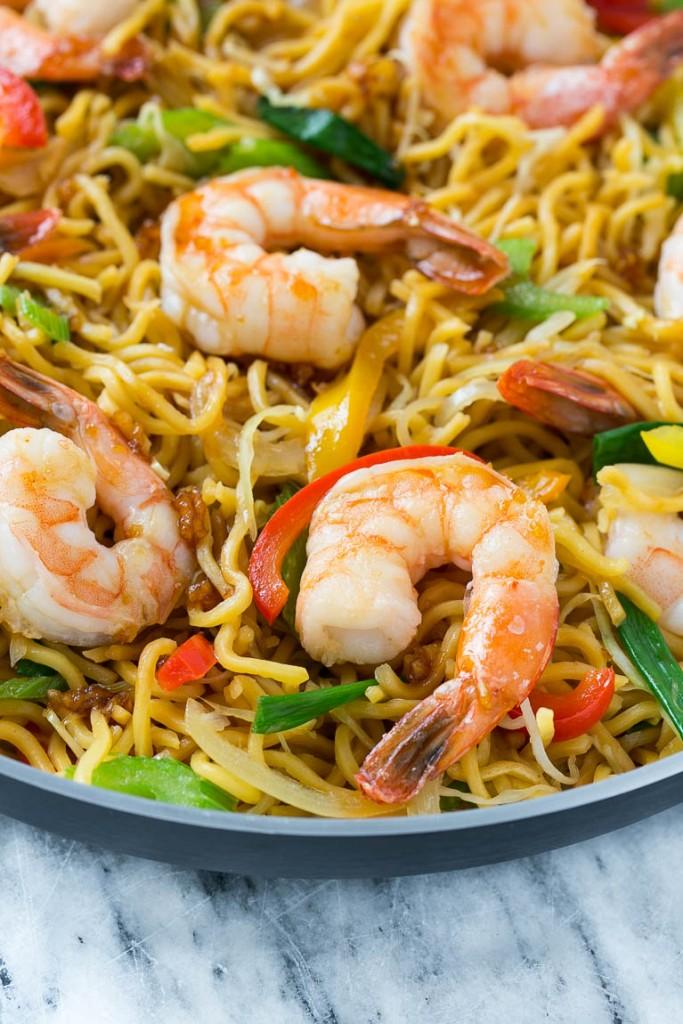 44 Shrimp Chow Mein(虾炒面)