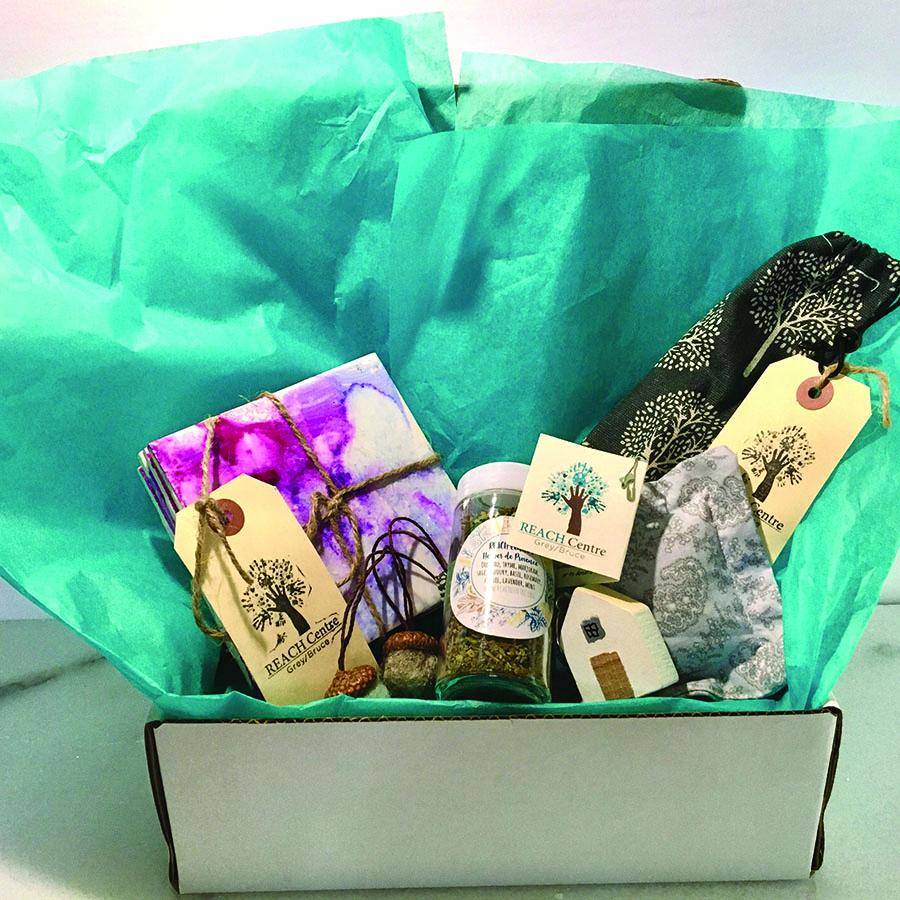 REACH Gift Box